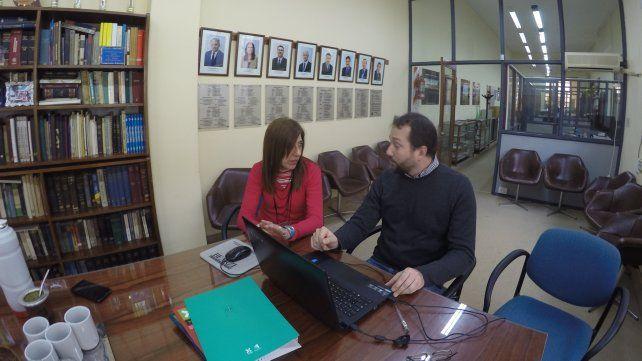 Graciela Bejar yGermán Stahringer en el Colegio de Ingenieros.