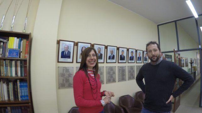 Los representantes de las instituciones satisfechos con la convocatoria.