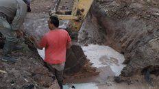 empresa privada rompio conducto de agua y dejo sin servicio a parana