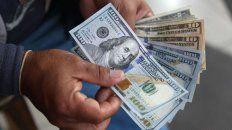 desde las paso, la gente saco de los bancos el 25% de los depositos en dolares