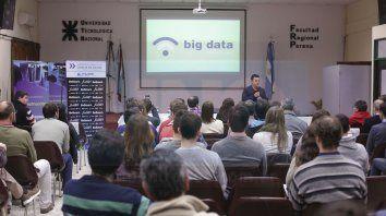 Capacitación. Ayer culminaron en la UTN las Jornadas Regionales de Ciencias de Datos.