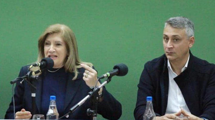 Jornada. La ministra Rosario Romero y el diputado Diego Lara.