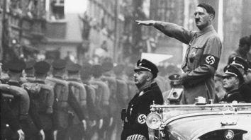 Adolf Hitler ordenó el ataque a Polonia el 1º de setiembre de 1939 sin declaración de guerra previa. Varsovia, 1944, reducida a cenizas.