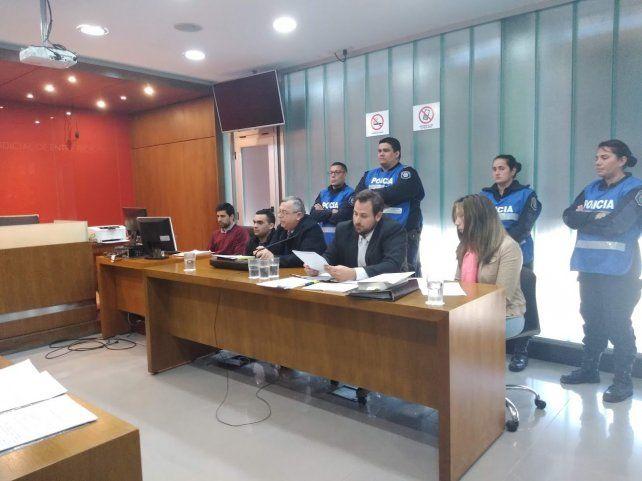 En el juicio por el asesinato de Nahiara, el padre culpará a su pareja por los golpes