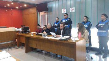 en el juicio de nahiara, el padre culpara a su pareja por los golpes