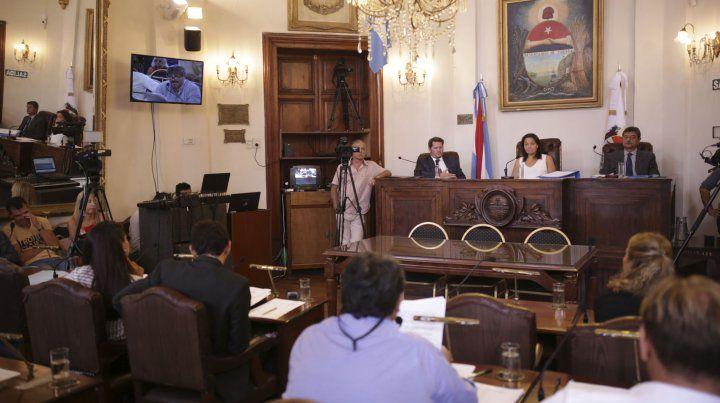 El defensor del Pueblo se elegirá a 15 días del recambio institucional