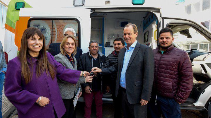 Entregan una ambulancia de alta complejidad para el hospital de niños San Roque de Paraná