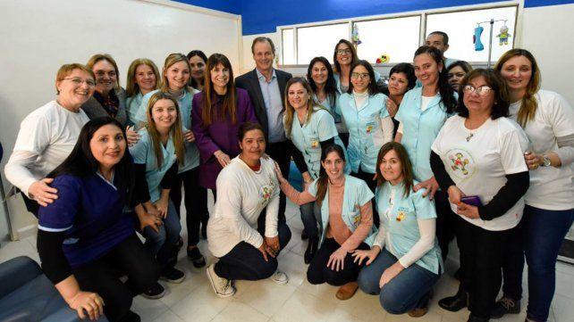 Bordet recorrió la remodelada sala de Cuidados Paliativos del hospital San Roque