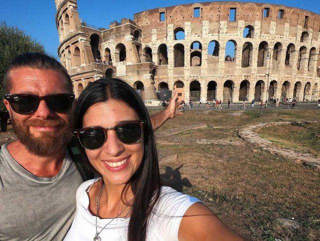 Dejaron la ciudad en febrero para vivir sin tiempos ni fronteras y con profunda pasión viajera
