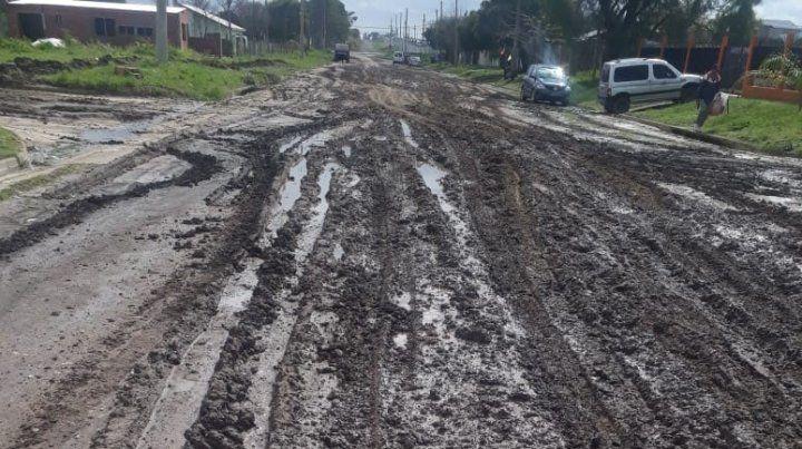 San Benito: Vecinos reclaman por el mal estado de avenida Sabá Hernández
