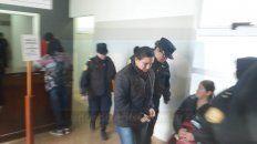 mujer policiacon domiciliaria