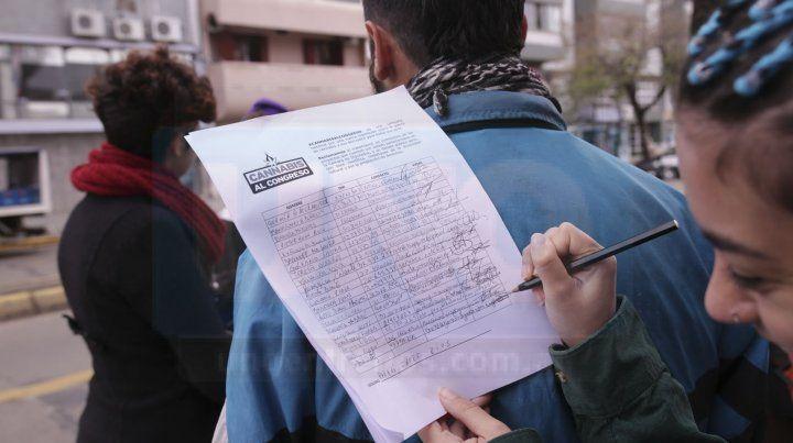 El fiscal pidió un mes de prisión condicional para la militante cannábica