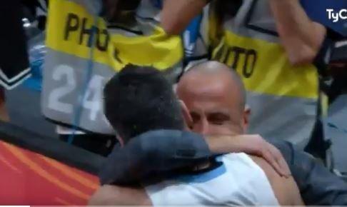 El emotivo abrazo de Scola y Manu