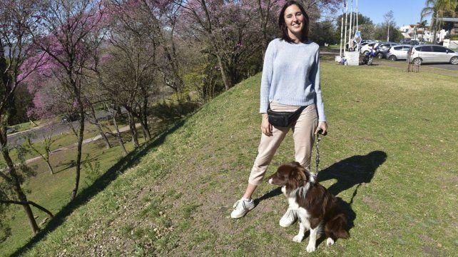 Milagros y Bruno a punto de salir a conocer el Parque Urquiza.