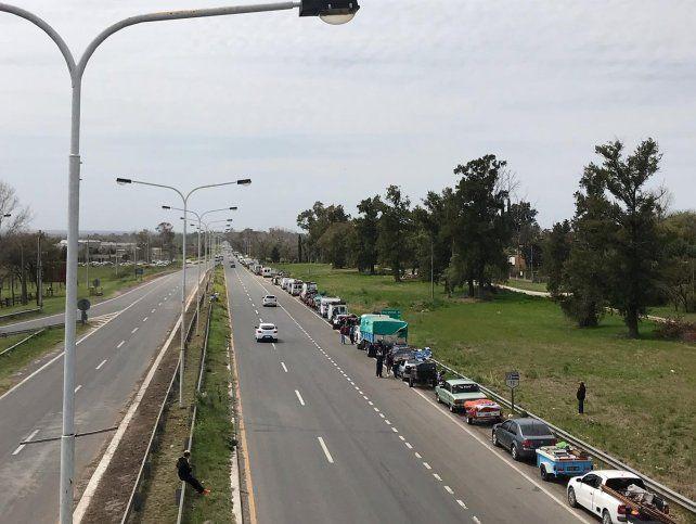 Dos kilómetros de colas para entrar al autodromo