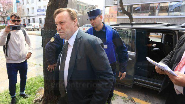 Juicio. En el radicalismo no se hacen cargo de la suerte judicial que corre el intendente de Paraná.