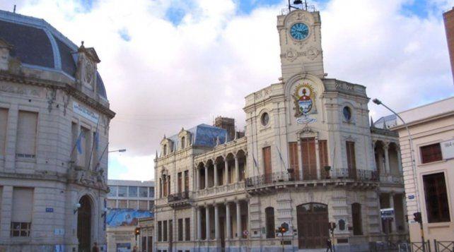 El Ejecutivo municipal presentó una oferta salarial a los gremios