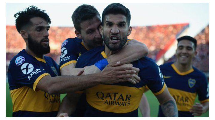 López festejando el primero gol de Boca.