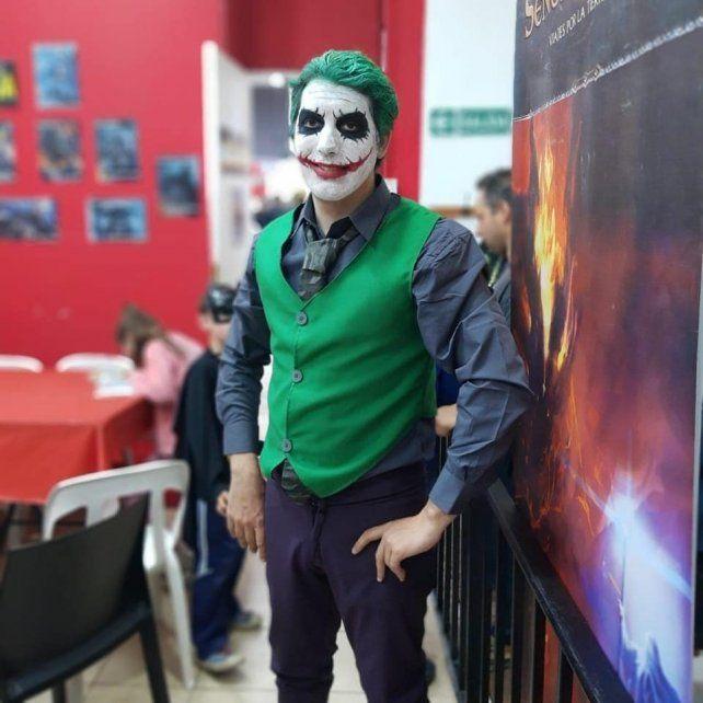 En el Día de Batman los superhéroes salieron por Paraná
