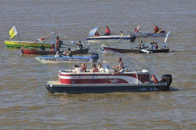 Se reeditó la peregrinación náutica hacia Bajada Grande