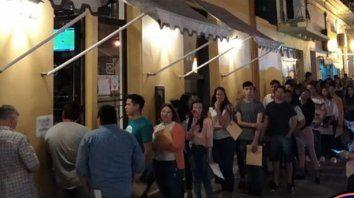 victorienses hicieron fila por una decena de empleos