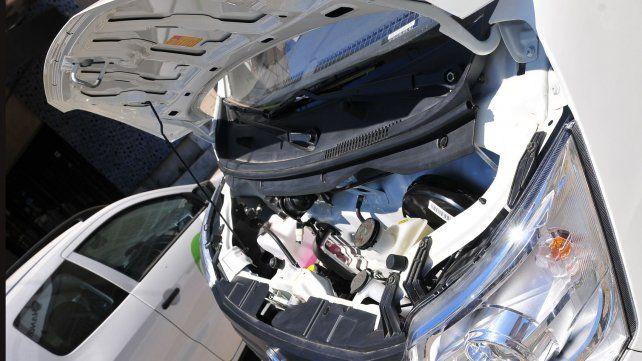 Automóviles Almafuerte presentó los utilitarios Changan