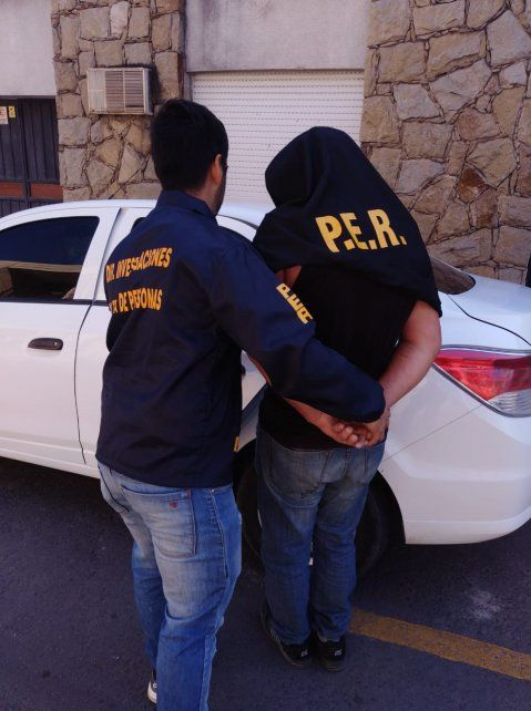 Preso: violó restricciones por abusar de su hija