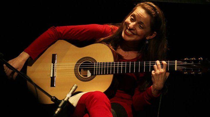 Guitarras del Mundo en la plaza Carbó