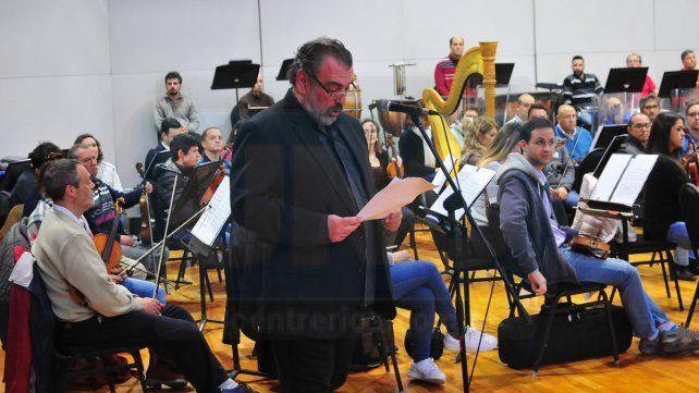 Homenaje. El director de la Orquesta Sinfónica