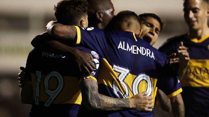 Boca sigue como único líder de la Superliga