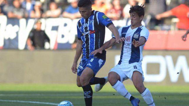 El primero. Maximiliano Rueda jugó su primer partido como titular ante Talleres por el certamen federal.
