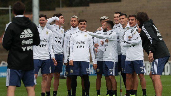Buen clima. La remontada en el segundo tiempo del ensayo ante Alemania impactó en el humor de los futbolistas de la Albiceleste.