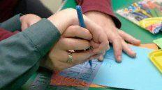 docentes de educacion especial padecen falta de pago de obras sociales