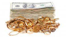 Curandera carga con energía positiva dinero y joyas de oro