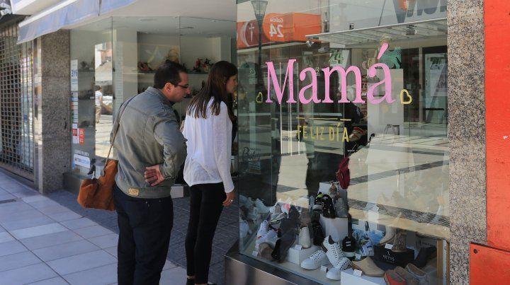 Con promociones y cuotas sin interés impulsan las ventas por el Día de la Madre