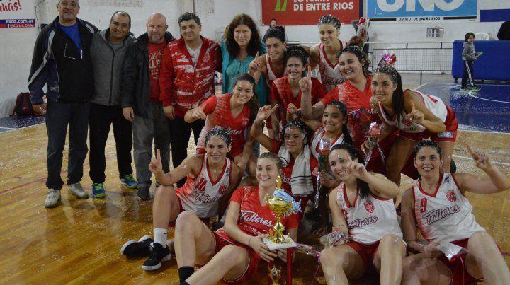 Talleres celebró el triunfo en el estadio de Feliciano e Irigoyen