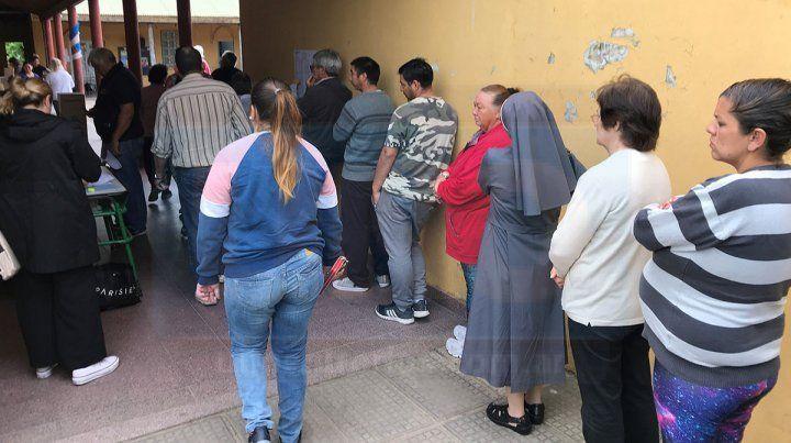 Buena afluencia de votantes en Concepción del Uruguay