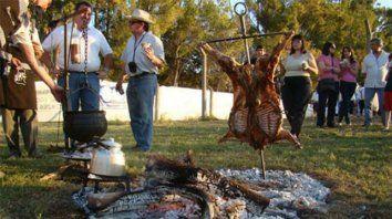 oro verde celebra la fiesta del cordero asado a la estaca