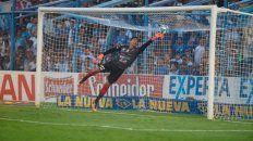 Ibañez nada pudo hacer en el primer gol.