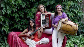 Integrantes. Analía Bosque, Silvia Salomone y Celina Federik.