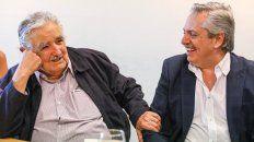 fernandez y mujica hablan sobre cultura, politica y capitalismo tardio