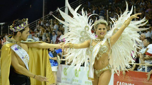 Ritmo y alegría. El Carnaval del País es uno de los espectáculos predilectos cada verano.