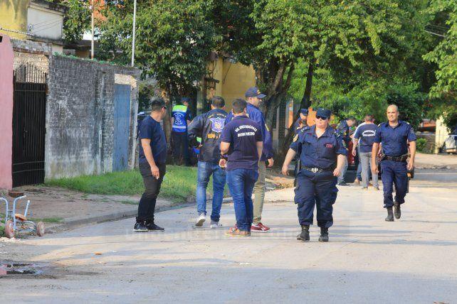 Acribillaron a balazos a un hombre, a metros de donde chicos practicaban fútbol