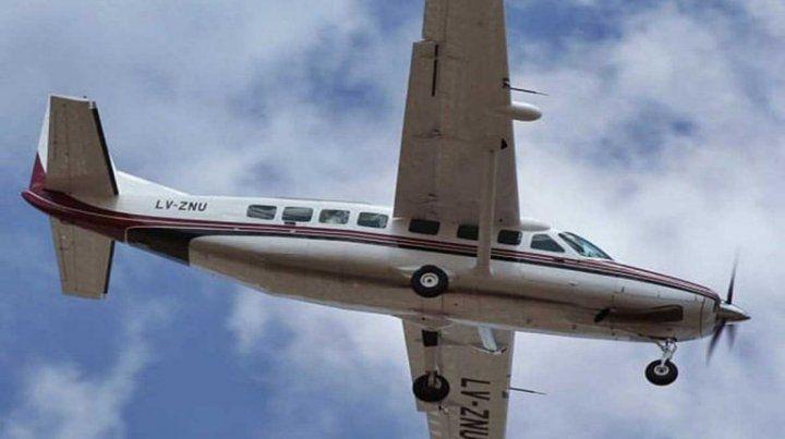 Avión aterrizó de emergencia en Concordia porque una niña se desangraba