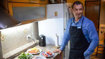 Pollo y vegetales hervidos, la receta que recomienda Gustavo Renaud