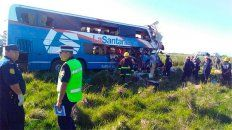 chocaron un camion y un colectivo en ruta 14: suman cinco las victimas fatales