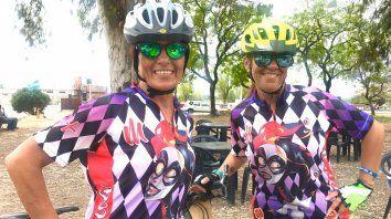 Gabriela y Delia disfrutaron cruzar el Túnel en bici.