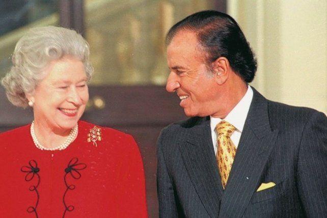 Menem y la reina. Recuerdos de una simpatía convertida en sumisión.
