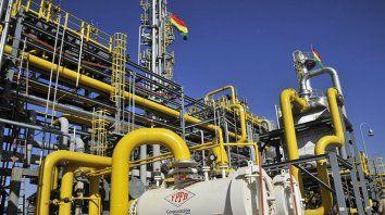 toman plantas de hidrocarburos en bolivia y peligran envios de gas a la argentina