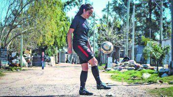 por un futbol femenino profesional federal